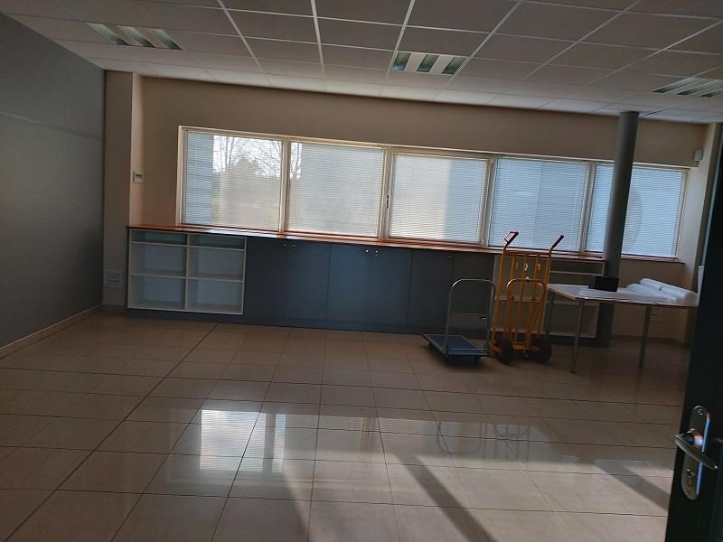 Local d'activité à louer - 133.0 m2 - 45 - Loiret