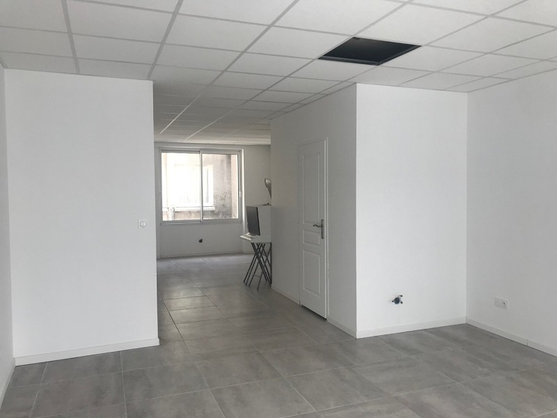 Location commerce - Loiret (45) - 90.0 m²
