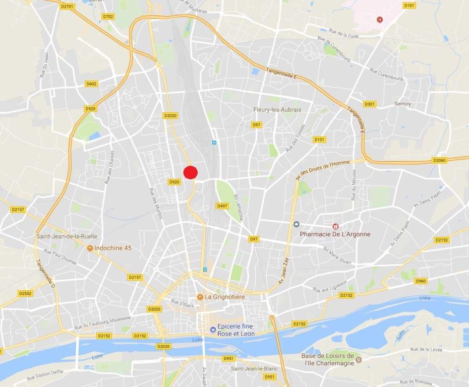Entrepôt à louer - 330.0 m2 - 45 - Loiret