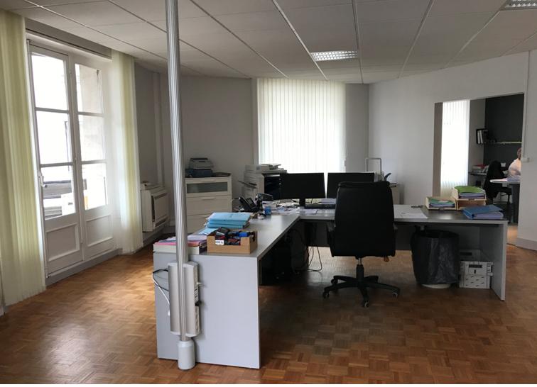 Bureaux à louer - 189.0 m2 - 45 - Loiret