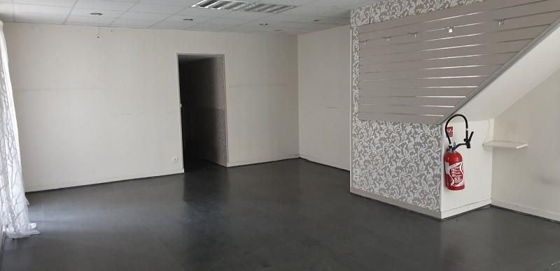 Location commerce - Loiret (45) - 75.0 m²