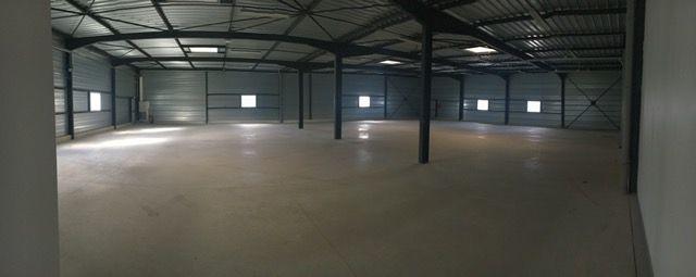 Entrepôt à vendre - 1200.0 m2 - 36 - Indre