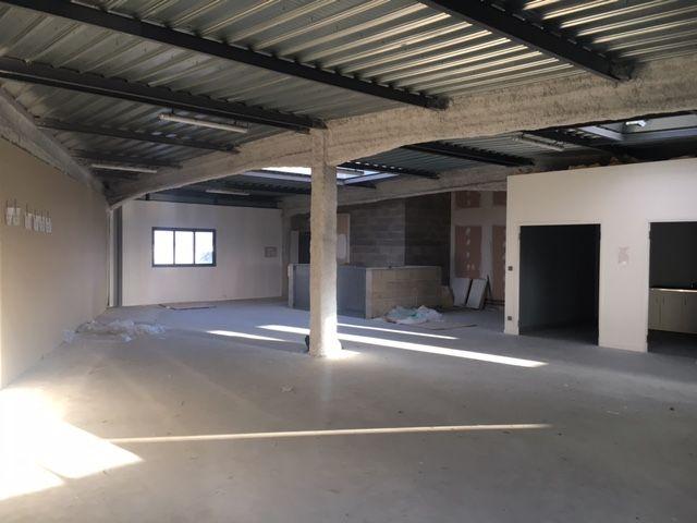 Bureaux à louer - 300.0 m2 - 41 - Loir-et-Cher